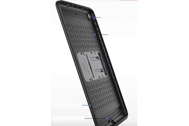 """Противоударный металлический чехол-бампер из цельного куска металла с усиленной защитой углов и необычным экстремальным дизайном  для Ipad Pro 12.9"""" черного цвета"""